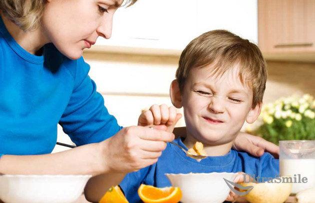 ребенок-отказывается-жевать