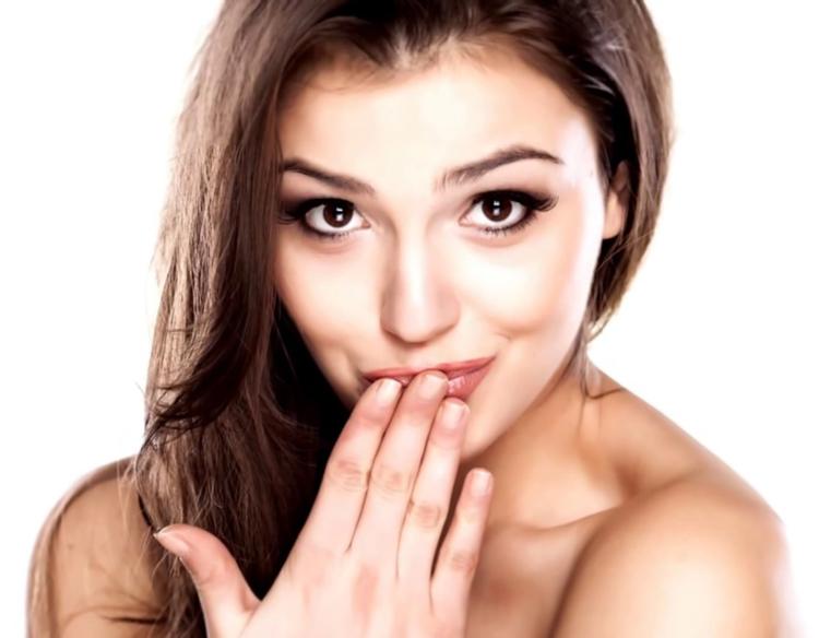 Клиновидный дефект: причины и 6 способов, как избавиться