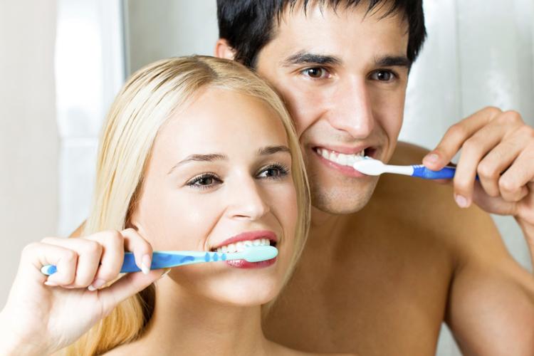 Уход за полостью рта: 5 полезных советов