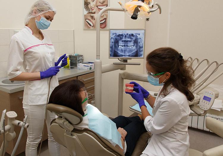 Чем стоматолог-ортопед отличается от ортодонта?