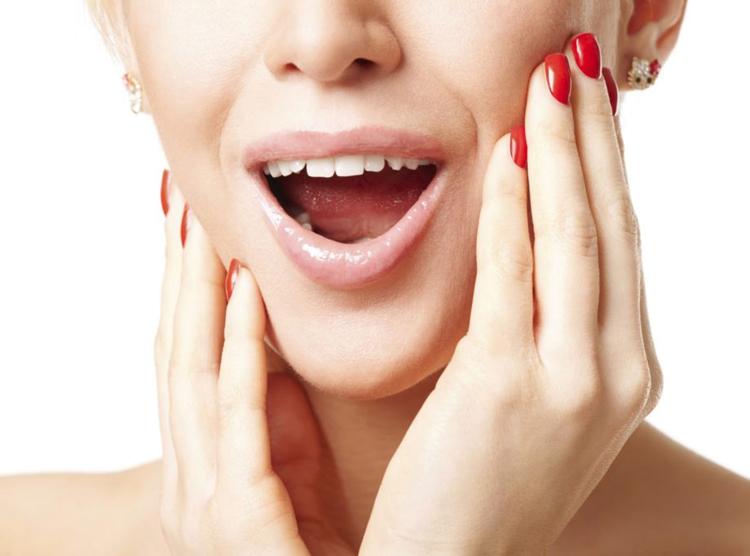 Сводит челюсть: 6 опасных поводов обратиться к врачу