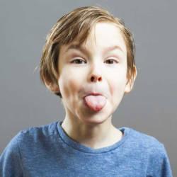 ребенок язык