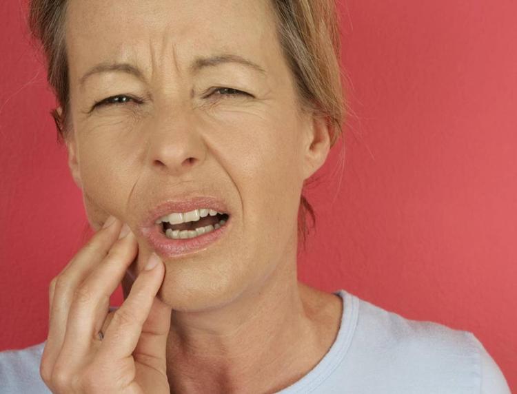 6 важных фактов, которые нужно знать про оголение шейки зуба