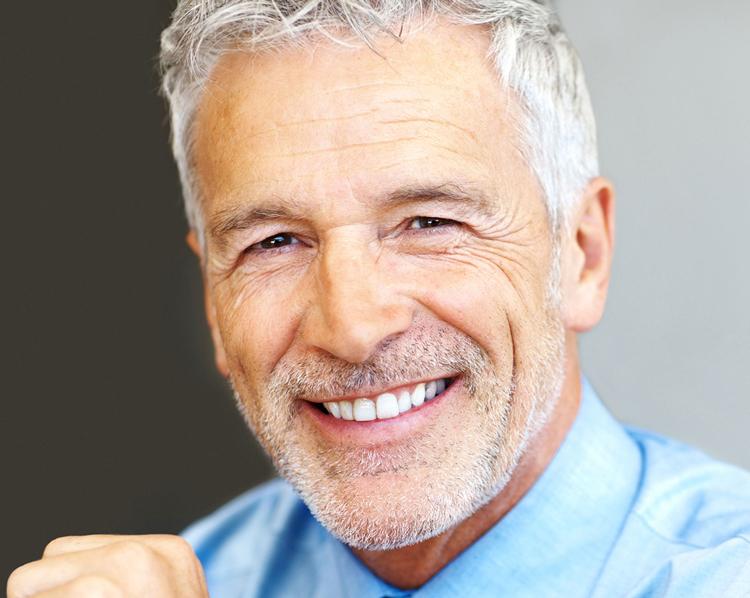 7 способов восстановить все зубы на верхней челюсти