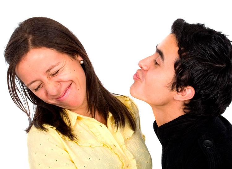 8 действенных способов для устранения запаха изо рта