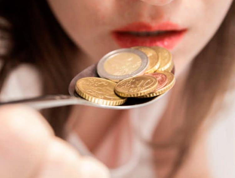 7 действенных способов, как избавиться от вкуса металла во рту